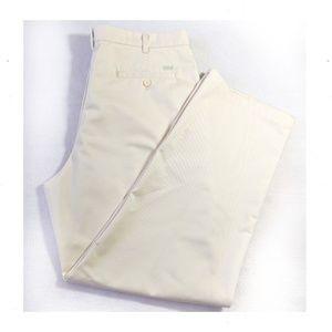 IZOD NWT  Wrinkle Free Chino Pants 38x32